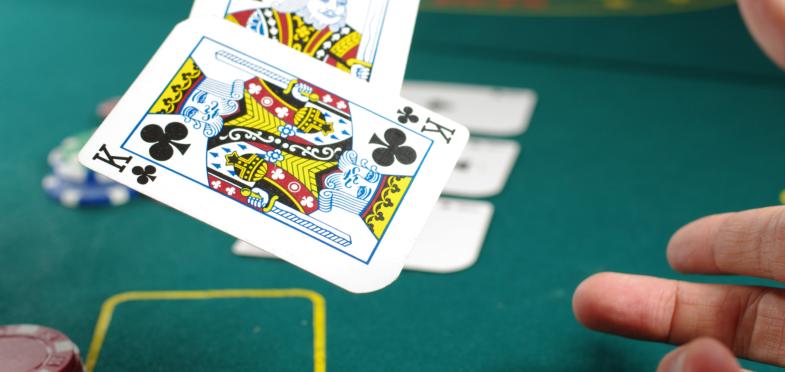 Esitetyt postikuvat 4 syytä miksi kasinon arvostelut ovat tärkeitä todellisia ihmisiä ja henkilökohtaisia kokemuksia - 4 Syytä Miksi Kasinoarvostelut Ovat Tärkeitä